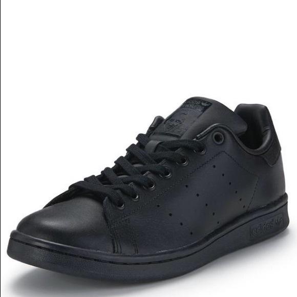 black stan smiths